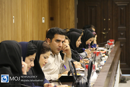 نشست خبری مدیر عامل شرکت آب و فاضلاب استان اصفهان