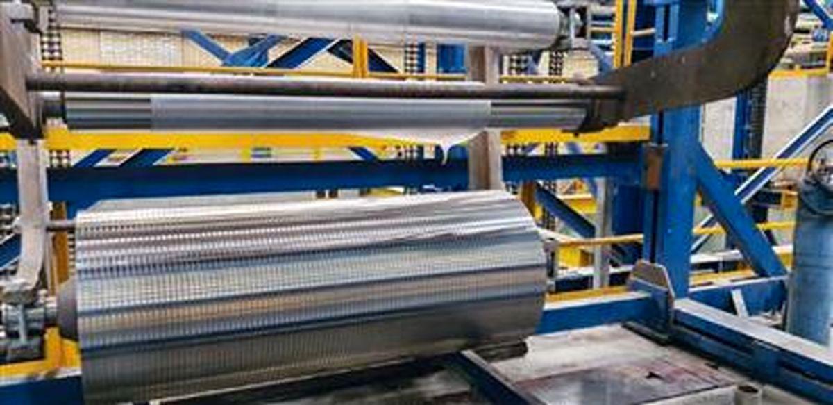 ثبت رکورد افزایش عمر سینکرول گالوانیزه در شرکت فولاد تاراز