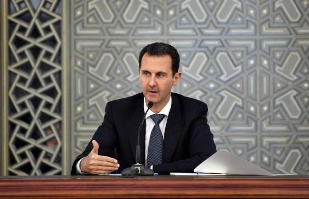 روند قانونی برای پس گرفتن نشان لژیون از بشار اسد در حال پیگیری است
