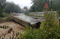 خسارت یک میلیارد تومانی سیل به تعدادی پل و راه های روستایی فومن/بازگشایی سردهنه رودخانه ها و نهرهای 11 روستای شاندرمن