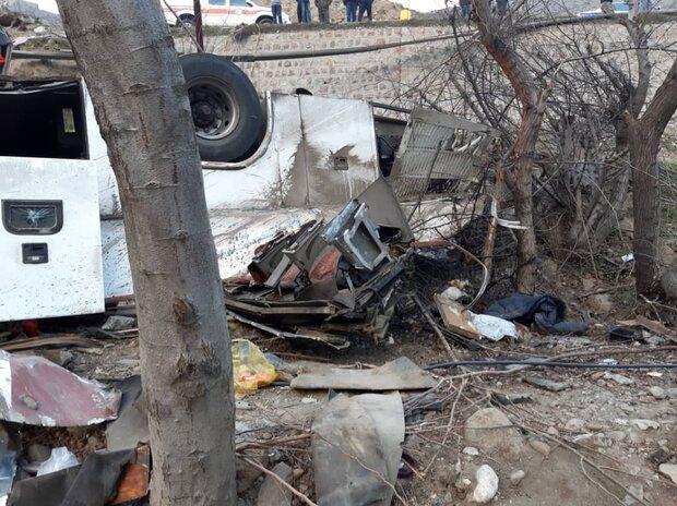 ۹ کشته به دنبال واژگونی اتوبوس در مبارکه اصفهان