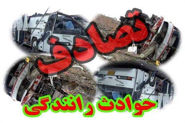 تصادف 2 اتوبوس در مهریز پنج زخمی داشت