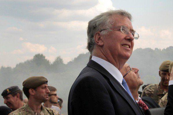 وزیر دفاع انگلیس: آماده پاسخ نظامی به حملات سایبری هستیم