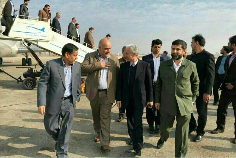 وزیر علوم وارد خوزستان شد