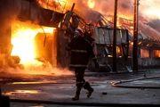 کارخانه نان پزی در شهرک صنعتی ایسین طعمه حریق شد