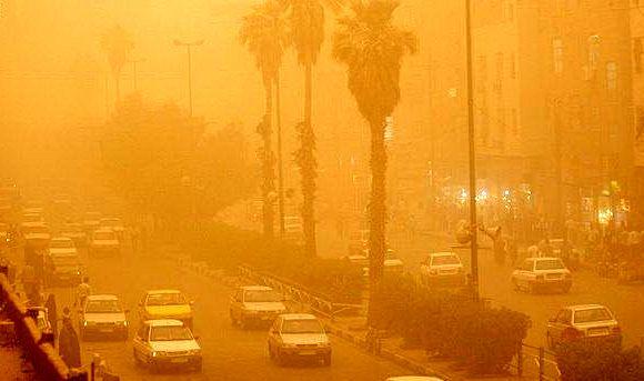 ریزگردها، مقدمه بحرانهای حادتر خوزستان هستند