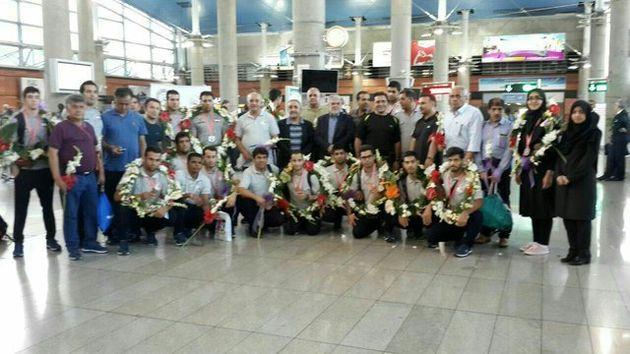 بازگشت اولین گروه کاروان ورزشی ناشنوایان از سامسون ترکیه