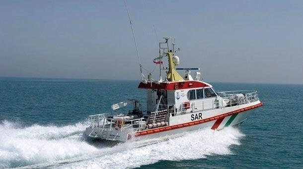نجات 6 خدمه موتور لنج باری از غرق شدن
