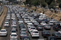 ترافیک نیمه سنگین در آزاد راه تهران-کرج/ بارش برف در 4 استان کشور