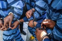 دستگیری 11 قاچاقچی در پی توقیف شناور حامل سوخت قاچاق