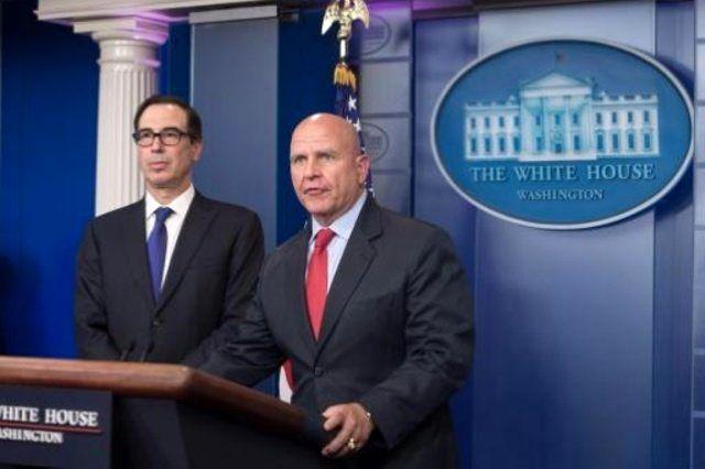 دفاع تمام قد ترامپ از مشاور امنیت ملی آمریکا