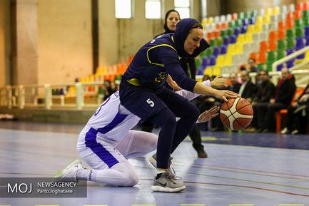 فینال مسابقات لیگ برتر بسکتبال بانوان بین تیم های نامی نو اصفهان و دانشگاه آزاد