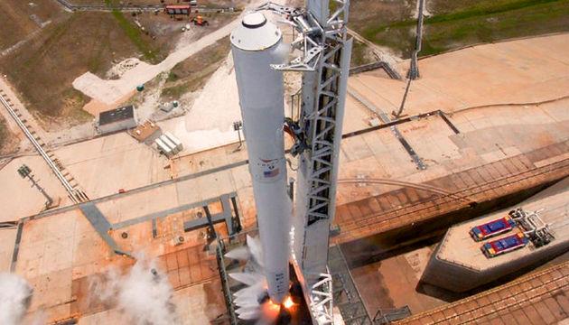 اسپیس ایکس ماهواره اینمارست-5 را به فضا میفرستد