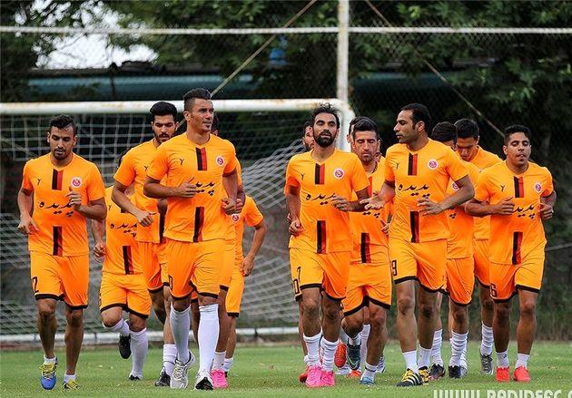 قرارداد بازیکنان پدیده در هیئت فوتبال ثبت شد