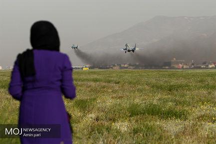 تمرین رژه جنگنده های نیروی هوایی ارتش