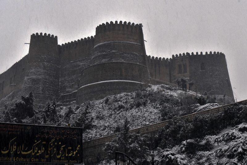 قلعه فلکالافلاک در زلزله شب گذشته آسیب ندیده است