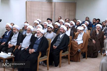 دیدار دستاندرکاران همایش حکیم تهران با مقام معظم رهبری