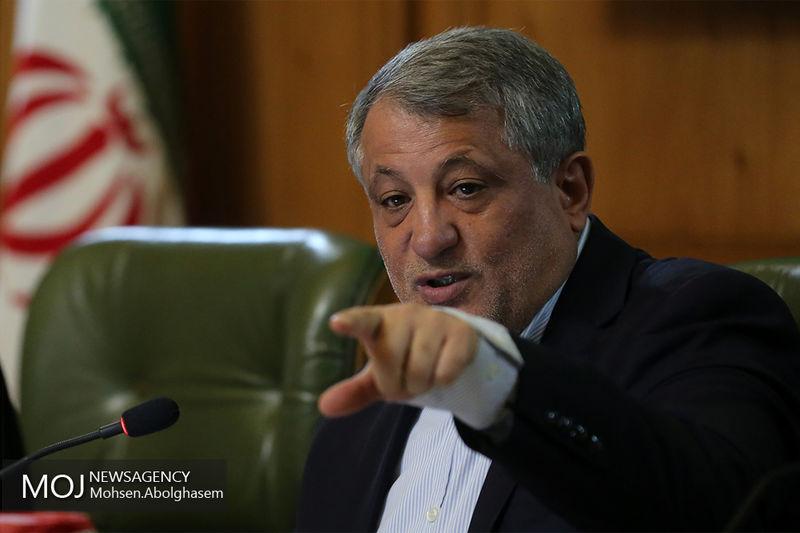 محسن هاشمی با حالت قهر از صحن علنی خارج شد