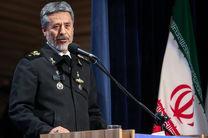 سیاری: محور امنیت در کشور نیروهای مسلح هستند