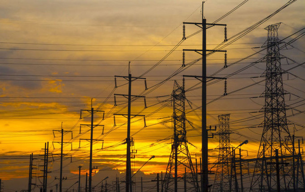 پیش بینی عبور مصرف برق طی ۲۴ ساعت آینده از خطوط قرمز