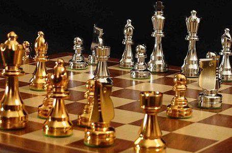 صعود تیم دانشگاه آزاد بندرعباس به لیگ برتر شطرنج