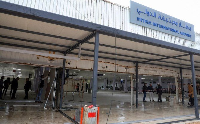 هدف قرار گرفتن مخازن سوختی فرودگاه طرابلس در لیبی