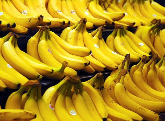 گمرک قیمت هر کیلوگرم موز را 3000 تومان اعلام کرد