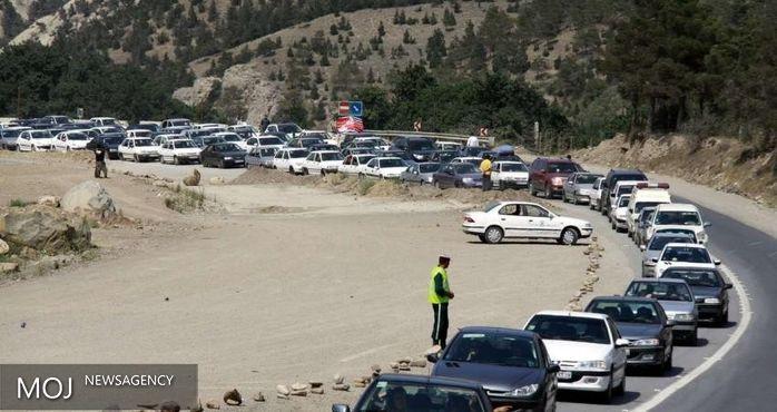 محدودیت های ترافیکی در محورهای «هراز» و «کندوان» تا هشت صبح فردا تمدید شد