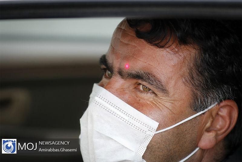 جریمه ۳۰ هزار تومانی در پی بیرون انداختن ماسک از خودرو