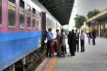 فروش بلیت قطارهای رجا برای نیمه دوم فروردین آغاز شد