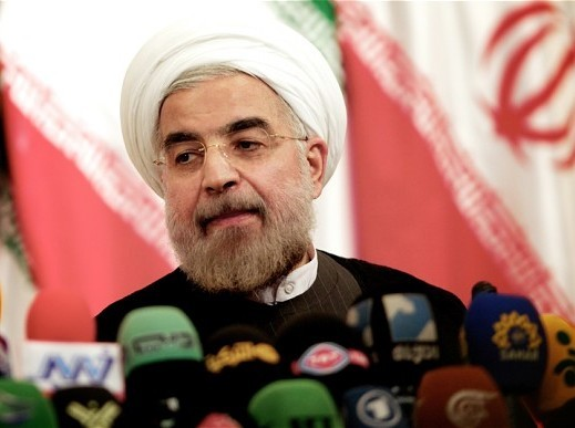 روحانی اشتباه احمدینژاد را تکرار نکند