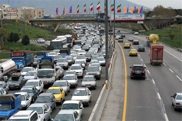 ترافیک سنگین در آزادراه قزوین-کرج سنگین است
