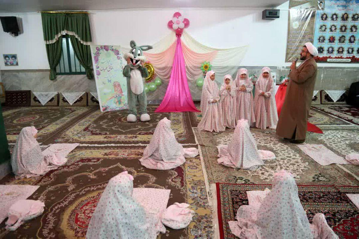 11 جشن تکلیف در روستاهای محروم استان قم برگزار شد