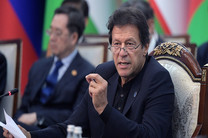 عمران خان در تجمع 30000 نفری پاکستانی های مقیم آمریکا شرکت کرد