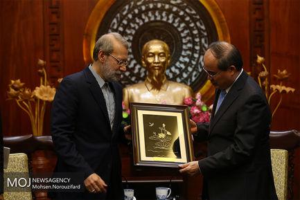 روز دوم سفر علی لاریجانی به ویتنام