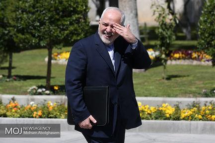 اولین جلسه هیات دولت در سال ۹۸/محمد جواد ظریف وزیر امور خارجه