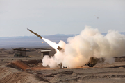 ارتش یک پهپاد ناشناس را در بندر ماهشهر ساقط کرد