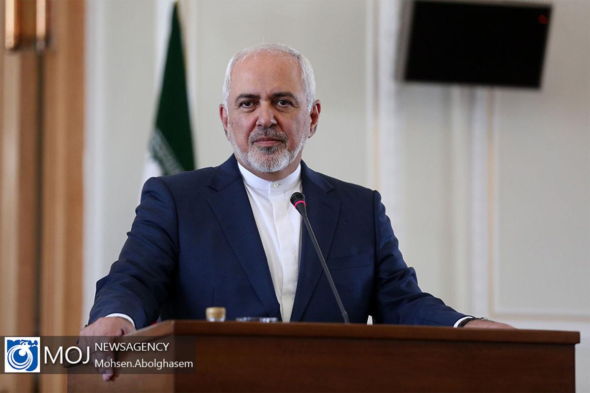 اقدام انگلیس در توقیف نفتکش ایرانی دزدی دریایی است