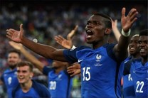 قهرمان اروپا شویم، به شکل خاصی شادی میکنم