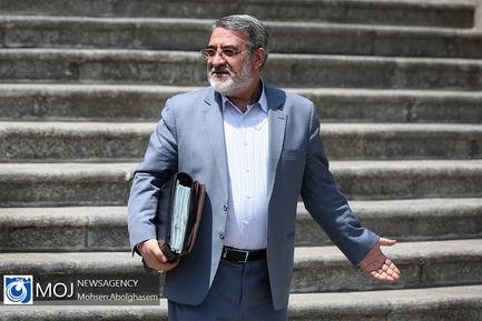 حاشیه جلسه هیات دولت - ۱۲ تیر ۱۳۹۸ / عبدالرضا رحمانی فضلی وزیر کشور