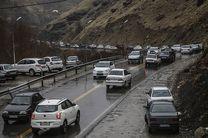 جاده چالوس از ساعت 18 یک طرفه می شود/ترافیک سنگین در محورهای مواصلاتی شمالی کشور