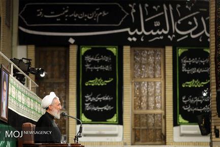 دومین شب مراسم عزاداری حسینی با حضور مقام معظم رهبری