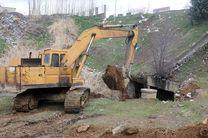 اجرای عملیات پاکسازی و لایه روبی دهانه پل های سطح شهر سنندج