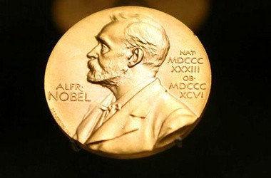یک زن کانادایی برنده نوبل فیزیک