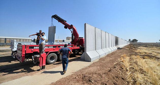 واکنش سرلشکر باقری به دیوارکشی ترکیه در مرزهای مشترک با ایران