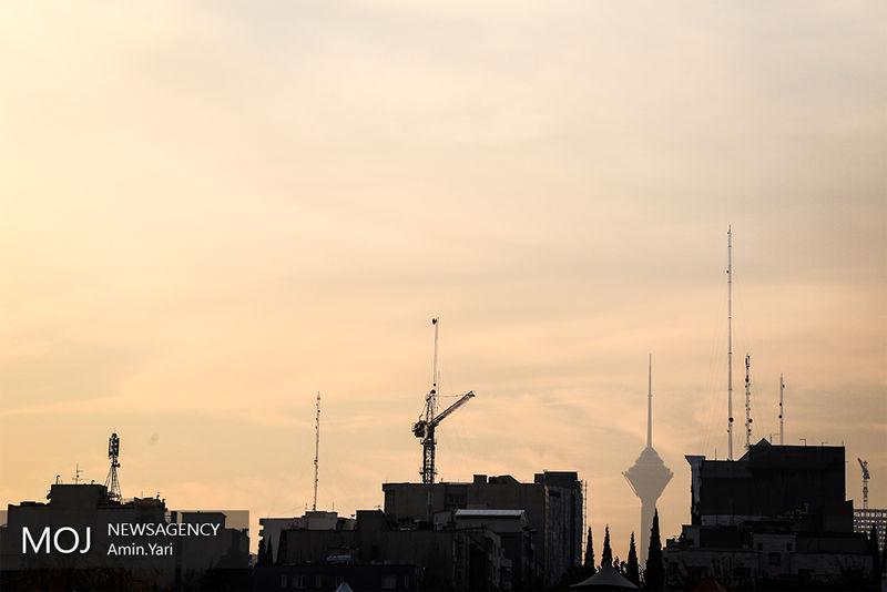 کیفیت هوای تهران در 9 آذر ناسالم است