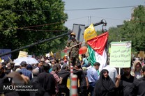 حاشیههای راهپیمایی روز جهانی قدس/ماکت موشک ذوالفقار به نمایش درآمد