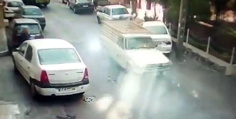 راننده وانت جنجالی با حکم قضایی، پاکبان محله میشود
