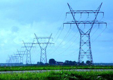 اختلاف نظر وزارت نفت و نیرو مانع صادرات برق است