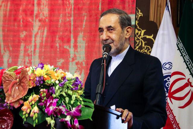 قدردانی 192 نماینده مجلس از رهبری برای انتصاب «ولایتی» در دانشگاه آزاد